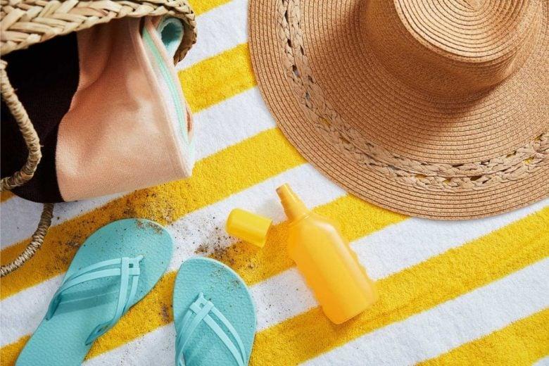 come-togliere-macchie-crema-solare-da-tessuti (8)