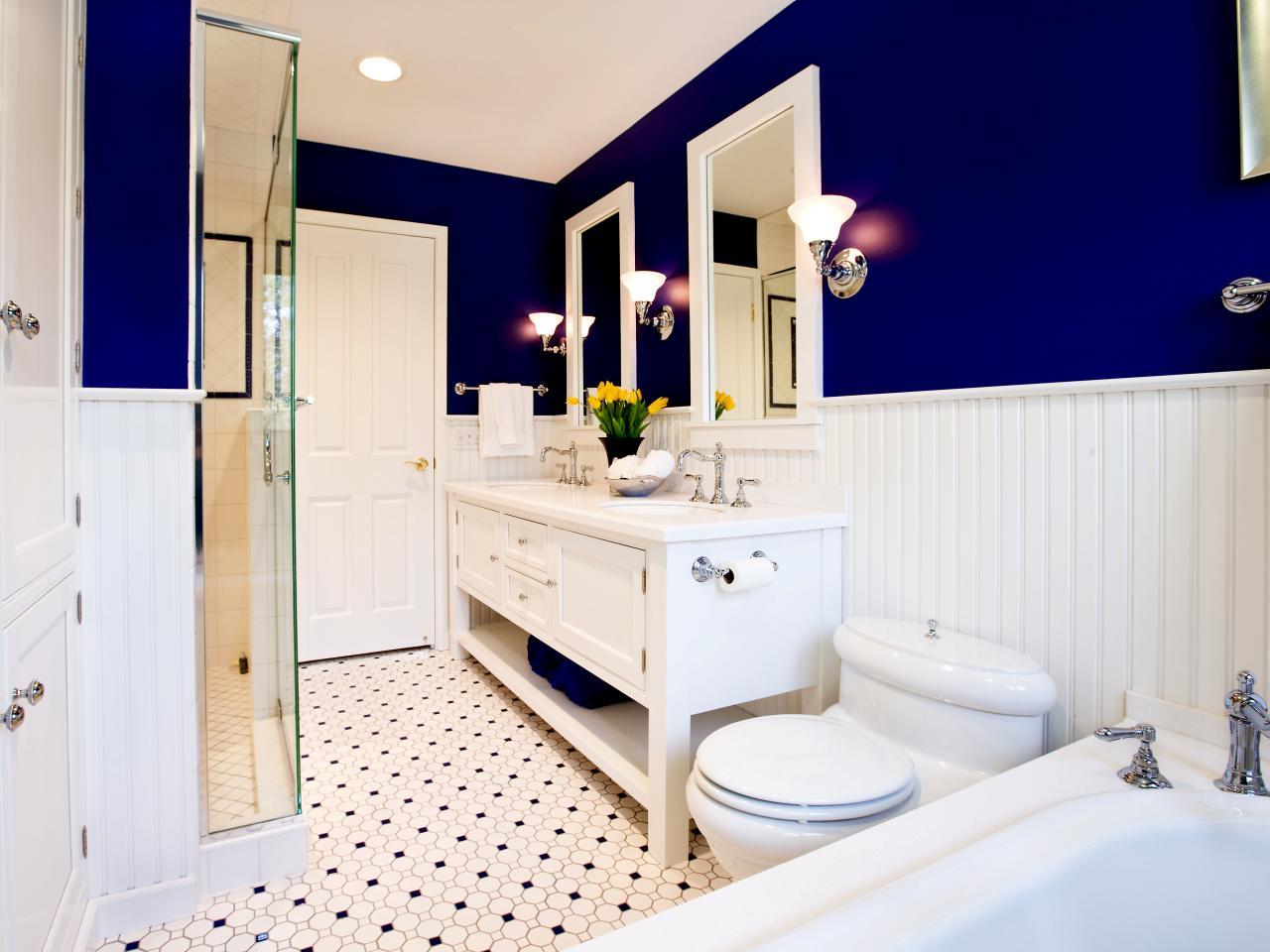 Bagno-colore-pareti-blu-navy-11