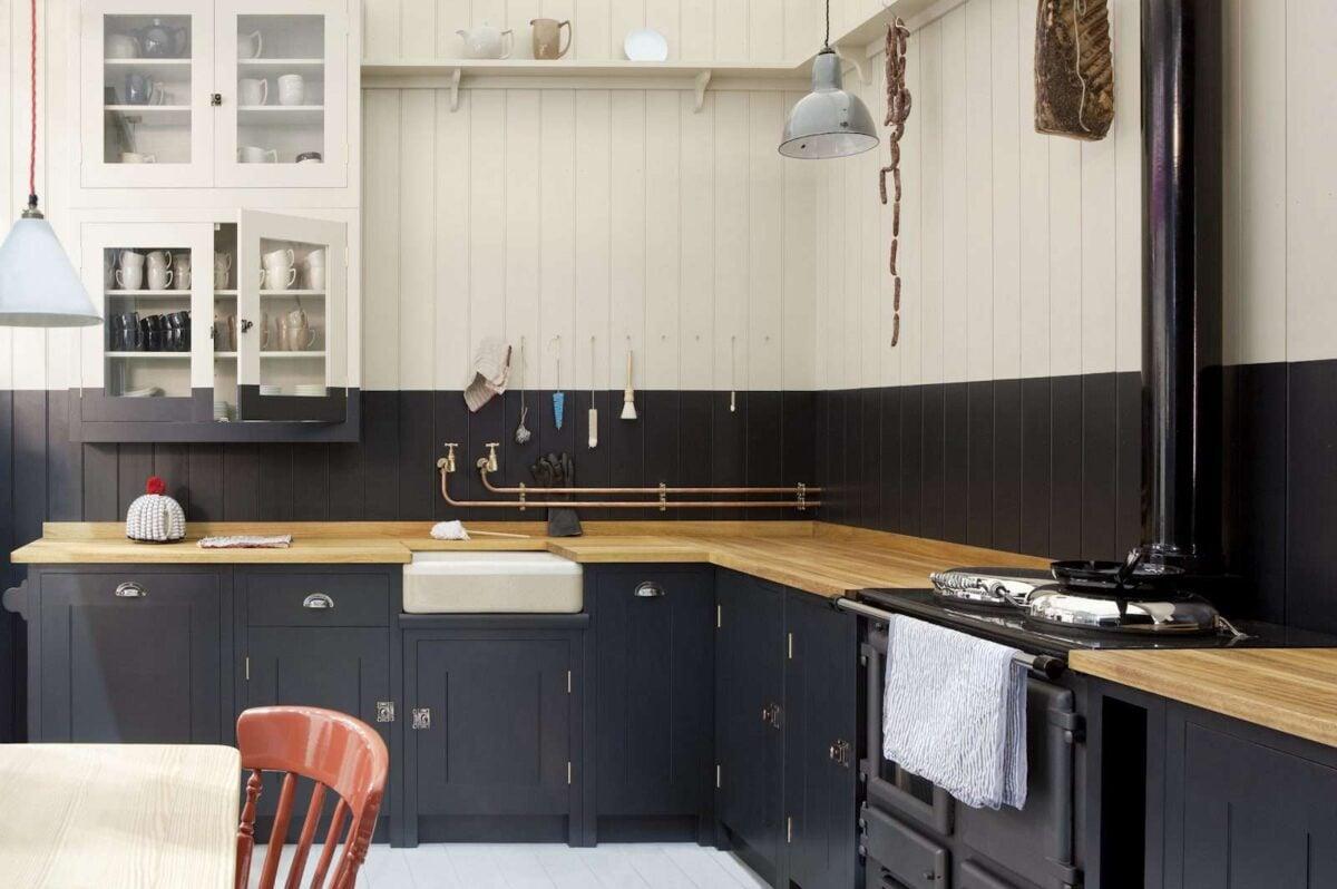 Cucina-colore-pareti-blu-navy-1
