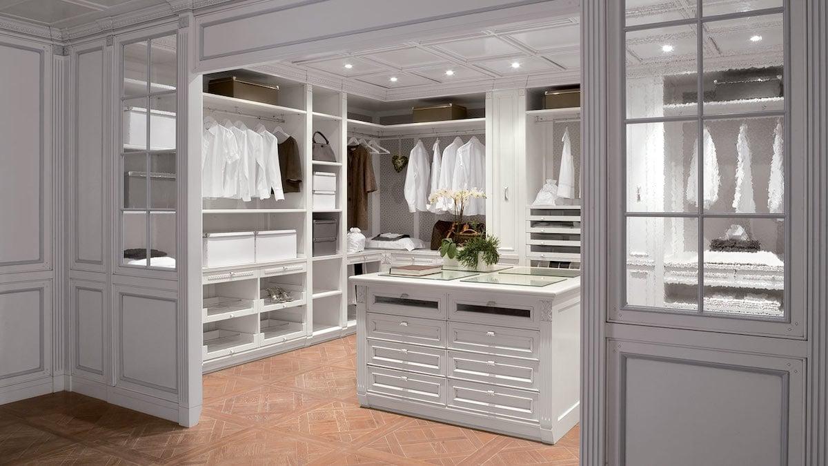 camera-letto-stile-americano-cabina-armadio