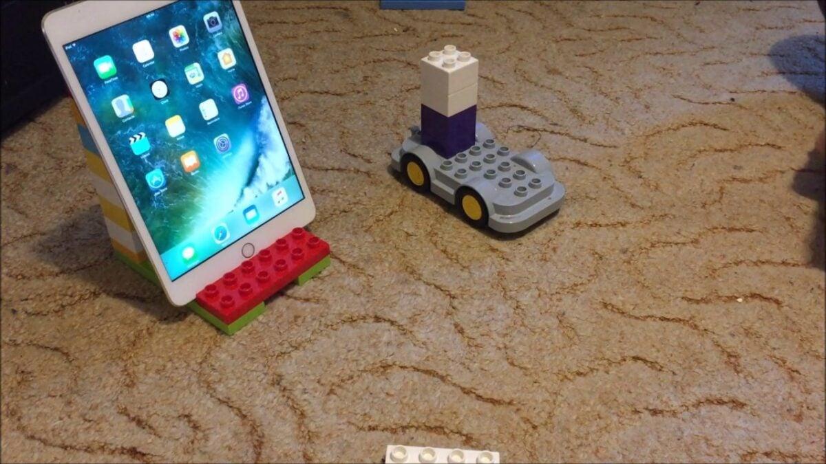 realizzare-porta-tablet-riciclo-creativo-lego