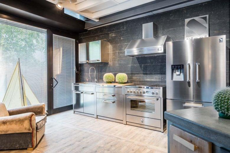 mobili-cucina-in-acciaio-come-scegliere-consigli-1
